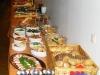 Salate und Brotauswahl